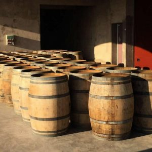 Barricas de Roble Francés usadas para reciclar y decorar.